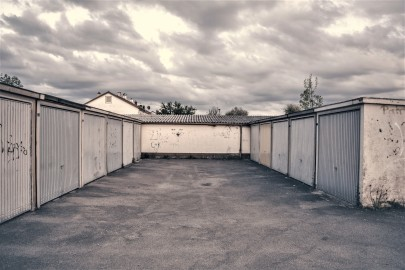 lot-garage-parking-gritty-163803